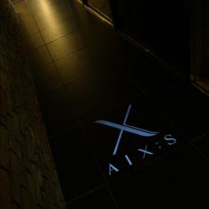 AIX:S(エックス)店内